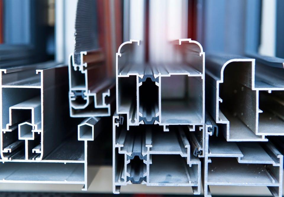 steel aluminum construction cost